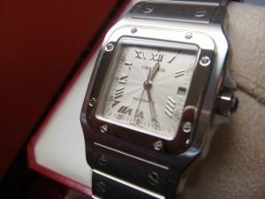 川越市にてカルティエの時計をお売りいただきました