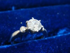 文京区にてダイヤモンドリングをお売りいただきました
