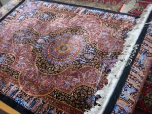 東京都世田谷区にてジャムシディ工房ペルシャ絨毯をお売りいただきました
