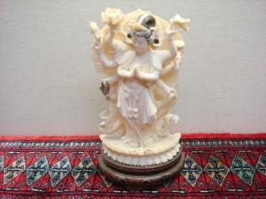 東京都大田区にて染色象牙観音彫刻をお売りいただきました