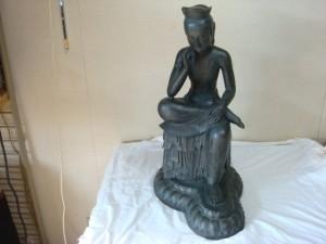 東京都品川区にて弥勒菩薩像(ブロンズ)をお売りいただきました
